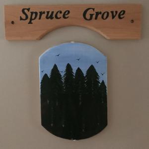 Spruce Grove Room